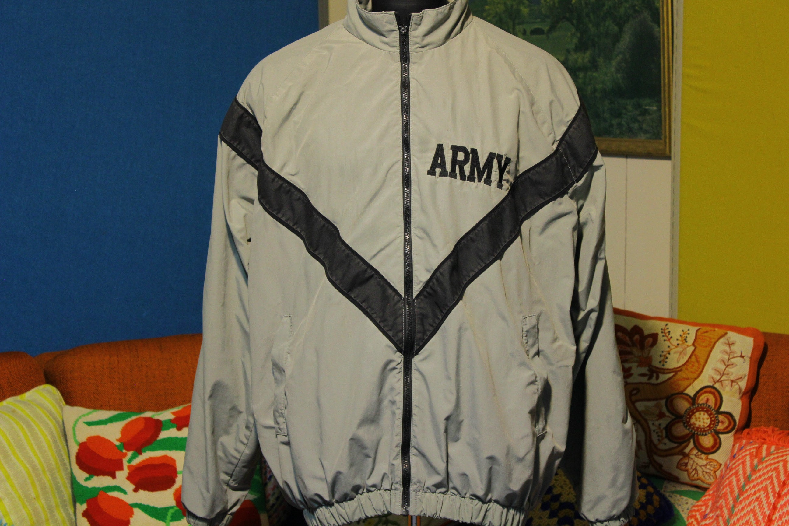 Army IPFU Jacket - Physical Fitness Uniform Vintage.
