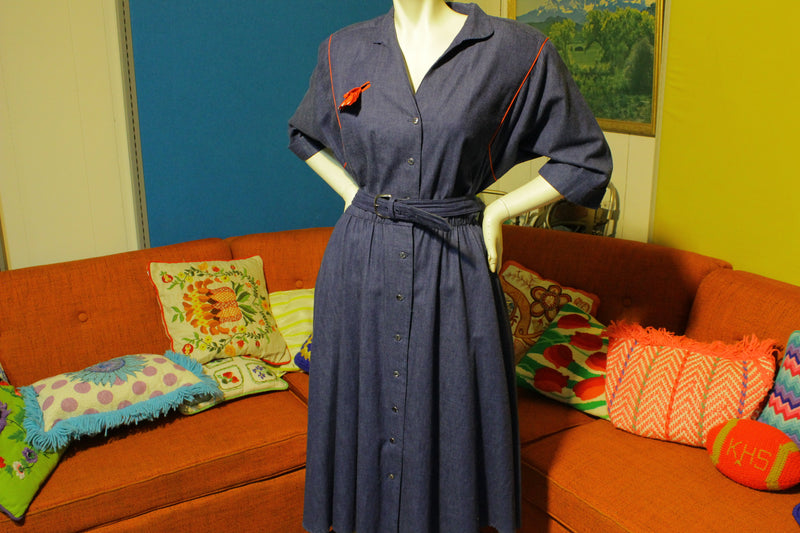 Denim Dress.  Petites by Willi.  Made in the USA.  100% Cotton.  W/Matching Belt.