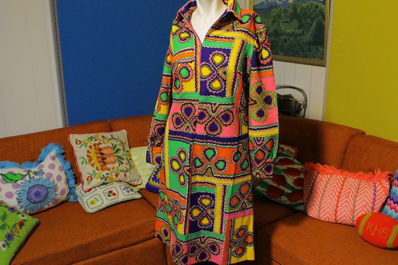 Boho Hippie Vintage 60's 70's Flower Power Pyschedelic Dress. Kay Windsor Half Zip.