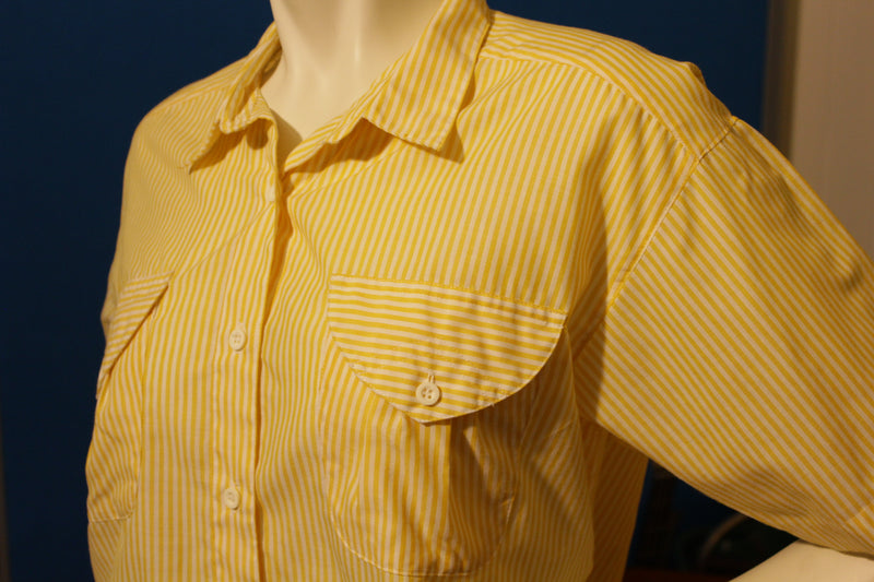 Here's A Hug Vintage Women's Button Up Short Sleeve Striped Shirt. 1980's