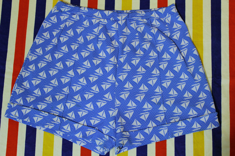 Miss Holly Vintage 1970's Sailboat Summer Beach Shorts. Women's Medium