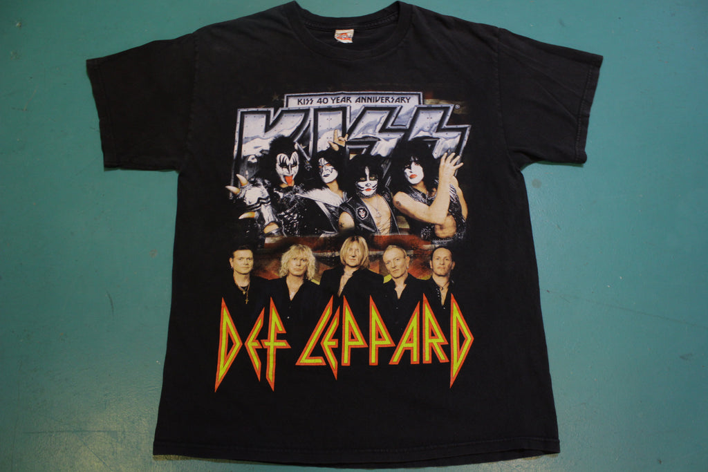 Kiss Def Leppard 40 Year Anniversary Make Up Tour Cities 2014 Double Sided T-Shirt