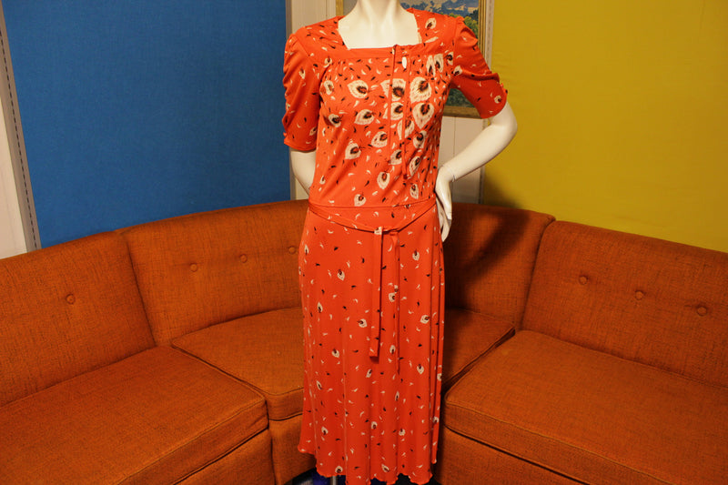 70's Vintage Red Leaf Fitted Dress. Short Sleeve With Draw Strap. Size XS