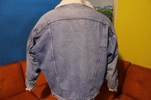Roebucks Sherpa Lined 80's Made in the USA Jean Jacket.  Snaps Men's Large Distressed.