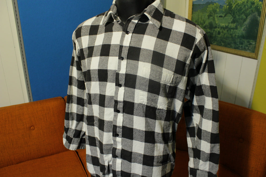 Club International Tip Top Black White Checkered Long Sleeve Flannel Shirt. Vtg 80's