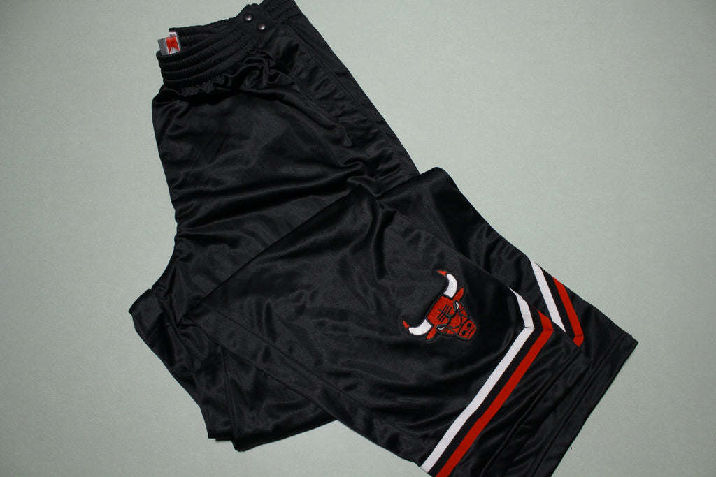 Chicago Bulls Vintage 90s Nike Team Game Issue 1999-00 NWOT Warm Up Pants