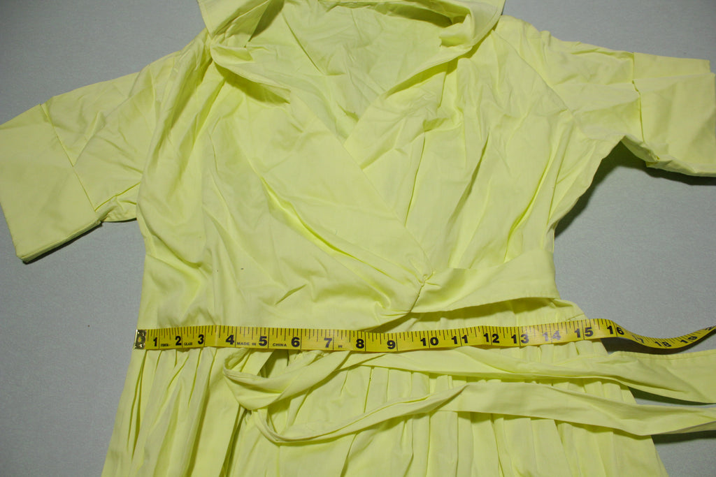 Summer 1970s Vintage Yellow Wrap Short Sleeve Dress
