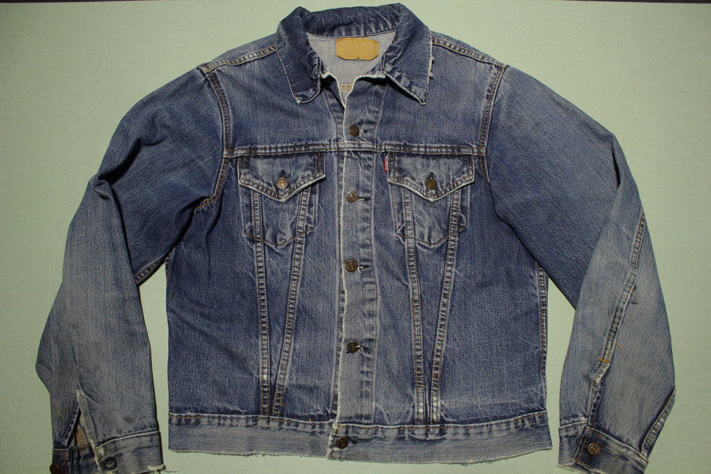 Levis Vintage Type III Late 1960's Big E 70505-0217 46 Jean Jacket w/ Distressing