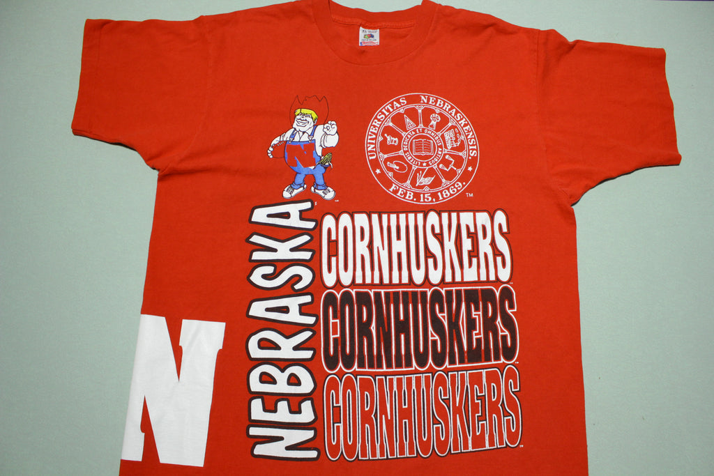 University of Nebraska Cornhuskers Big All Over Mega Print Vintage 90's USA T-Shirt