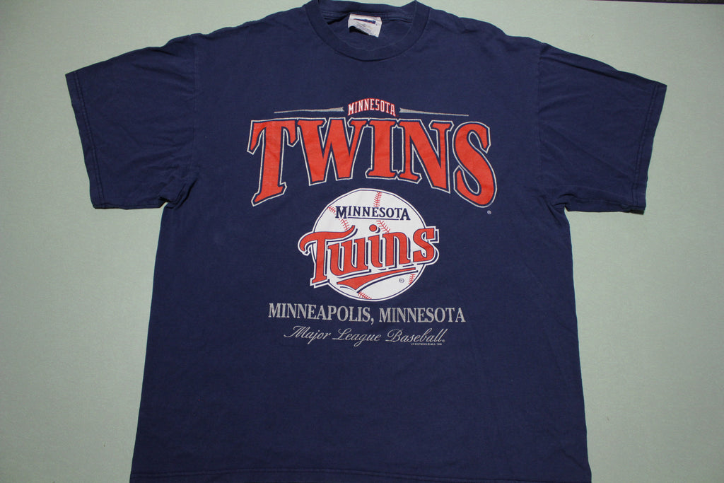 Minnesota Twins Vintage 1999 Baseball 90s Sports T-Shirt