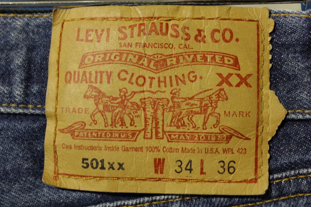90s Levis 501 Button Fly Jeans. Vintage Grunge Punk Made in USA 501xx 32x32