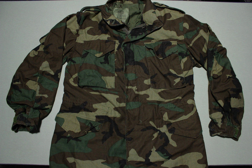 USGI Field Jacket Medium Short Woodland Camo BDU Cold Weather Army Coat 1989