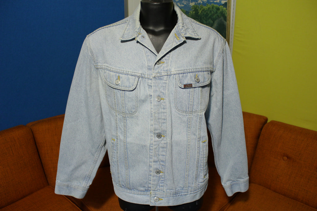Lee Authentic Jean Jacket 90's Vintage Light Blue Wash Made in USA Trucker Coat
