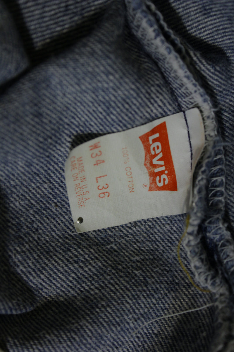 Levis 501 Button Fly 80s Red Tag Made in USA Vintage Faded Denim Jeans 32x32