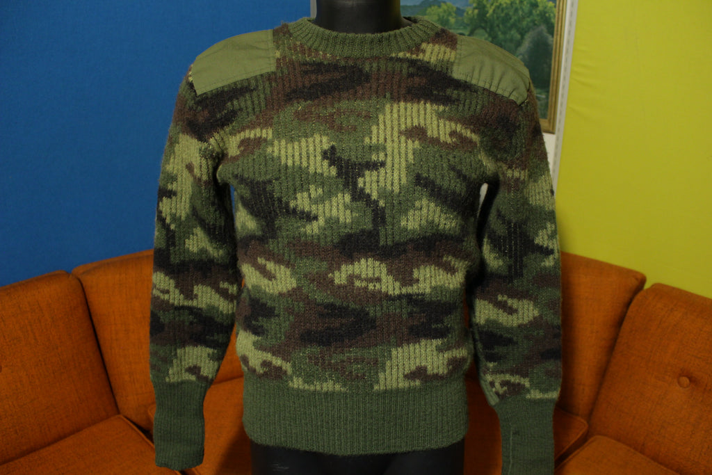 LL Bean Camo Wool England Camouflage Sweater Hunting Army VTG Green Patch