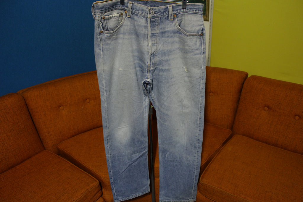 90s Levis 501 Button Fly Jeans. Vintage Grunge Punk Made in USA 501xx 34x30