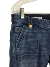 Gap Jeans 1969 Flare Lightwash Elastic Panel Women's Size 26 / 2a Actual 31 x 29 - Preowned - FunkyCrap Boutique