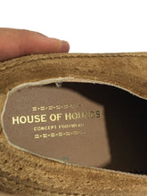 House Of Hounds Oxford Wingtip Suede Tan Dress Shoes Green Laces Mens 12 EU 43 - Preowned - FunkyCrap Boutique