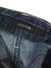 Joes Jeans Provocateur Blanche Stretch Distressed Womens 28 / 6 Actual 28 x 29.5 - Preowned - FunkyCrap Boutique