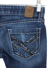 BKE Stella Boot Stretch Jeans Bling Stud Sequin Pockets Womens 26 x 31.5 - Preowned - FunkyCrap Boutique