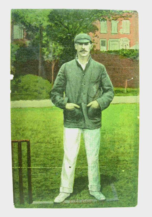 Postcard of an unknown cricketer in unused condition.