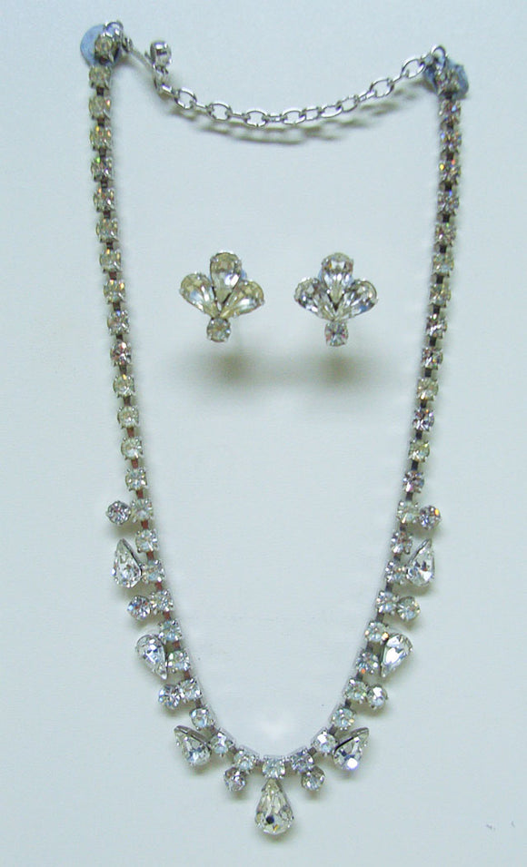 Diamante Necklace & earrings