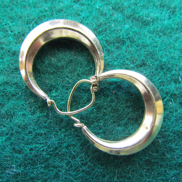 14ct Gold Pierced Crescent Loop Hollow Earrings