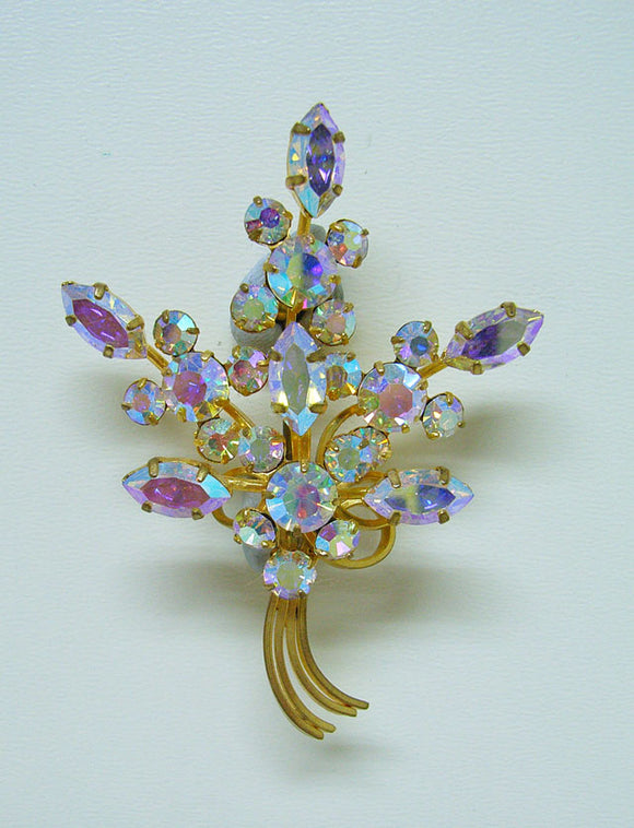 Diamante lustre brooch