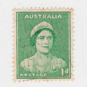 Australian 1938 1 Penny Emerald Green Queen Elizabeth Stamp Type 2