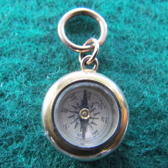 9ct Gold Compass Fob Hallmarked Chester 1911 Monogrammed 3.65gms