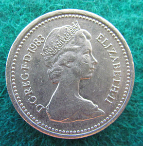 GB British UK English 1983 1 Pound Queen Elizabeth Coin