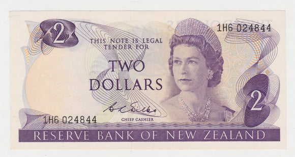 New Zealand 2 Dollar Wilks Banknote 1968 - 1975 Early Note High Grade
