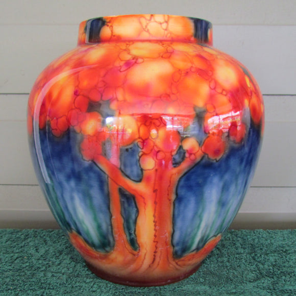 Falcon Ware by Thomas Lawrence Woodland Design Lucknow Shaped Vase c1930