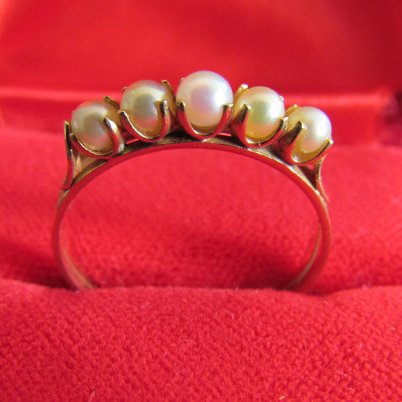 Unmarked 9ct Graduating 5 Pearl Dress Ring 2.8mm 3.0mm 3.2mm Size Q 1.8gms c1980