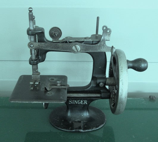 Singer #20 Childs Sewing Machine