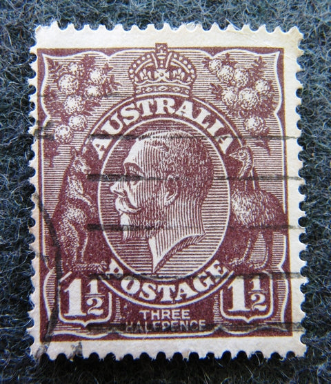 Australian stamp Australian 1913 - 36 Black - Brown 1 1/2d 1 1/2 penny King George V KGV stamp Definitive Issue R26