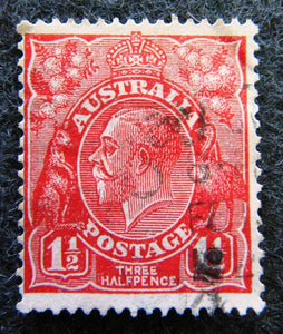 Australian stamp Australian 1913 - 36 Red 1 1/2d 1 1/2 penny King George V KGV stamp Definitive Issue R29