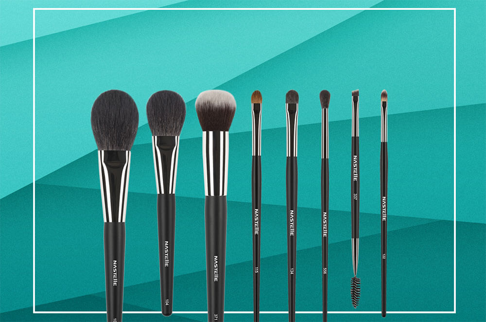 Do Your Makeup like a Pro with this 8 pcs Brush Set