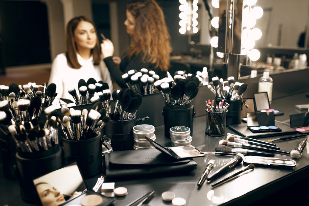TAKING CARE OF MAKEUP BRUSHES