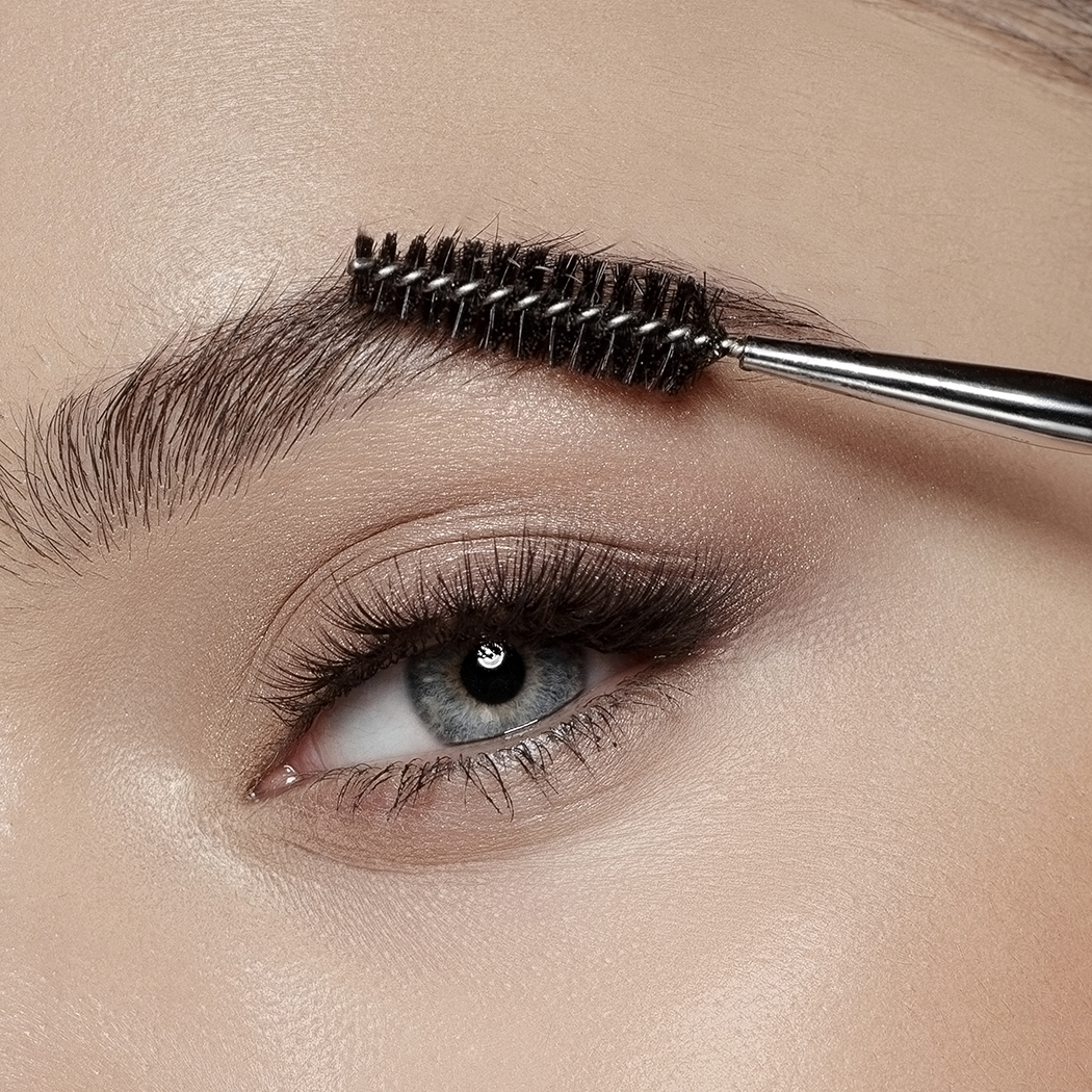 EYELASH AND BROW BRUSH 142