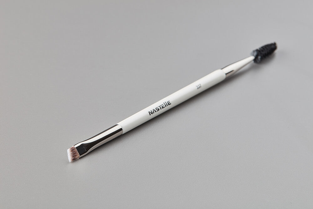 Eyelash and Eyebrow Brush 337