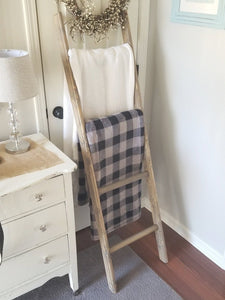 Farmhouse Blanket Ladder - Weathered Gray