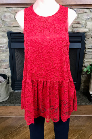 Lace Sleeveless Fully-Lined Top  in Red