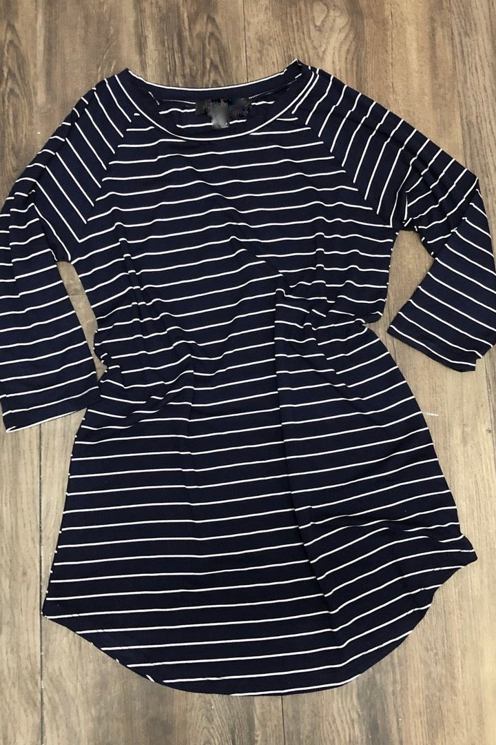 3/4 Sleeve Striped Raglan Top Navy w/White Stripes