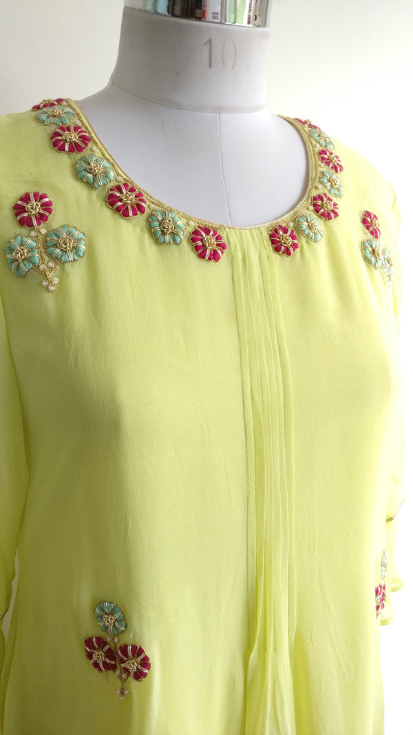 Buy Green Zardozi Tunic Online at LabelKanupriya.