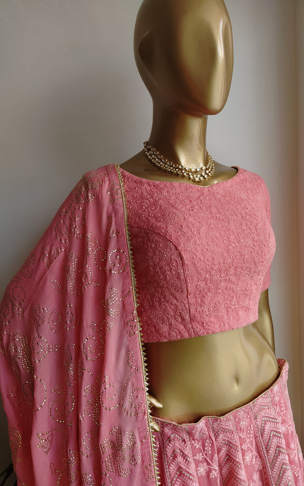'Jaal' Mukaish Work Dupatta (Color Customizable)