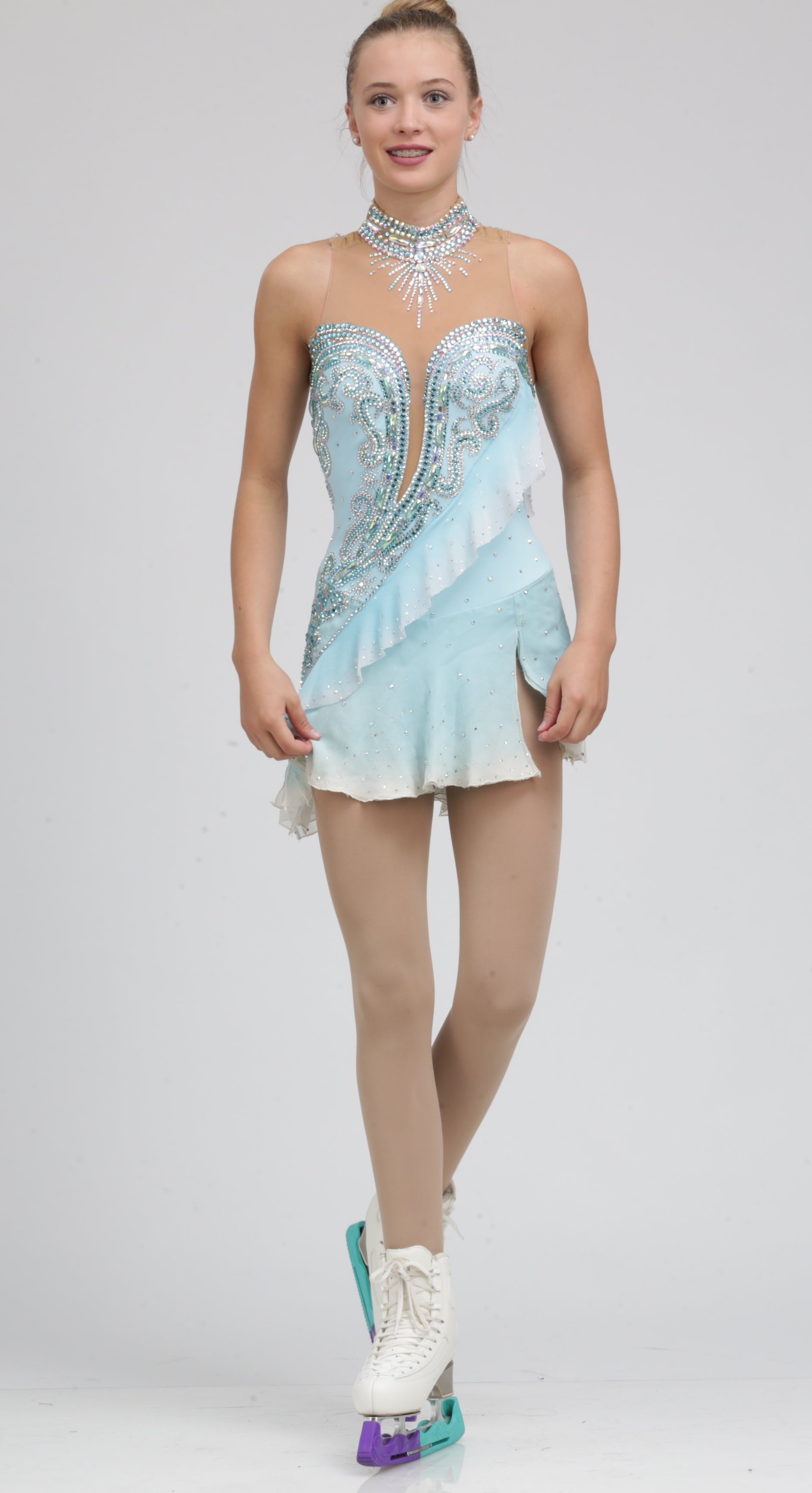 Fashion style Ice dress skating pictures for woman