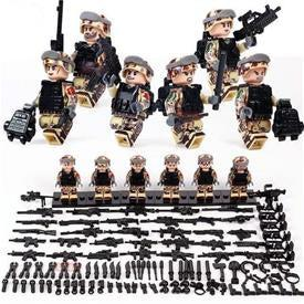 US Marines Desert Warfare 6-Pack with Weapons