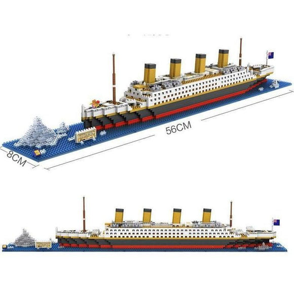 Titanic Ship with Iceberg 1860 Pieces
