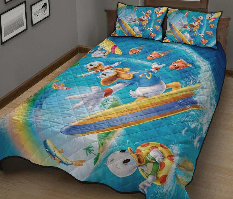 Donald Duck Fun Quilt Bed Sets